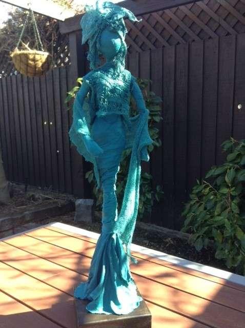 Paverpol Sculpture - Sitting Lady