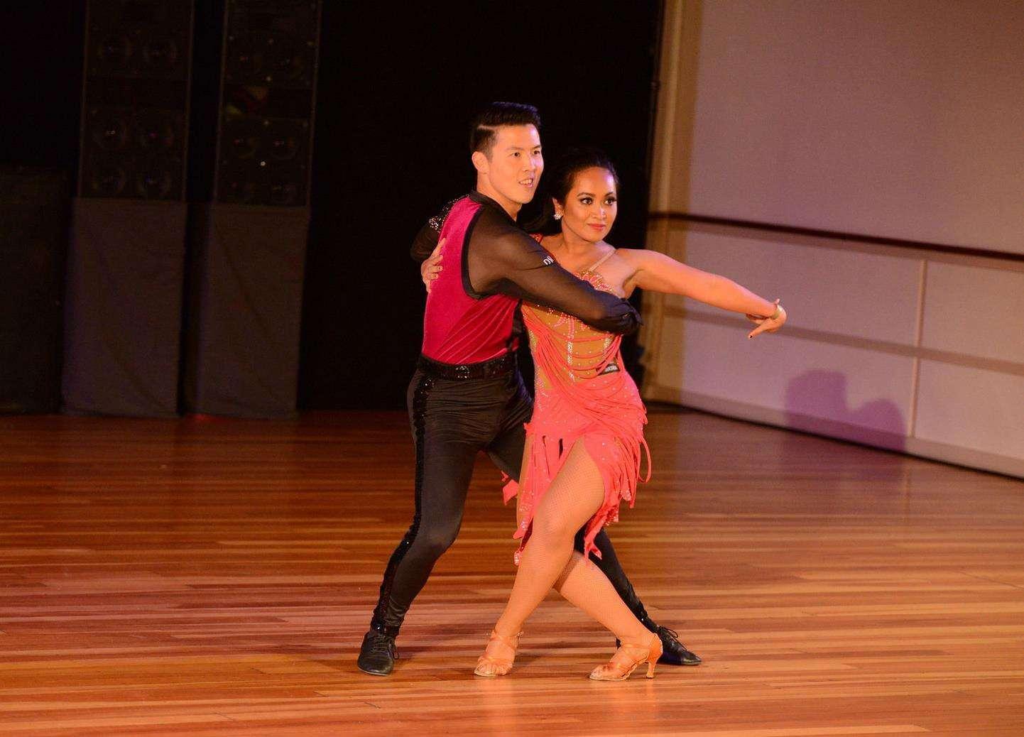 Salsa Dance - Ladies Salsa Shines Course