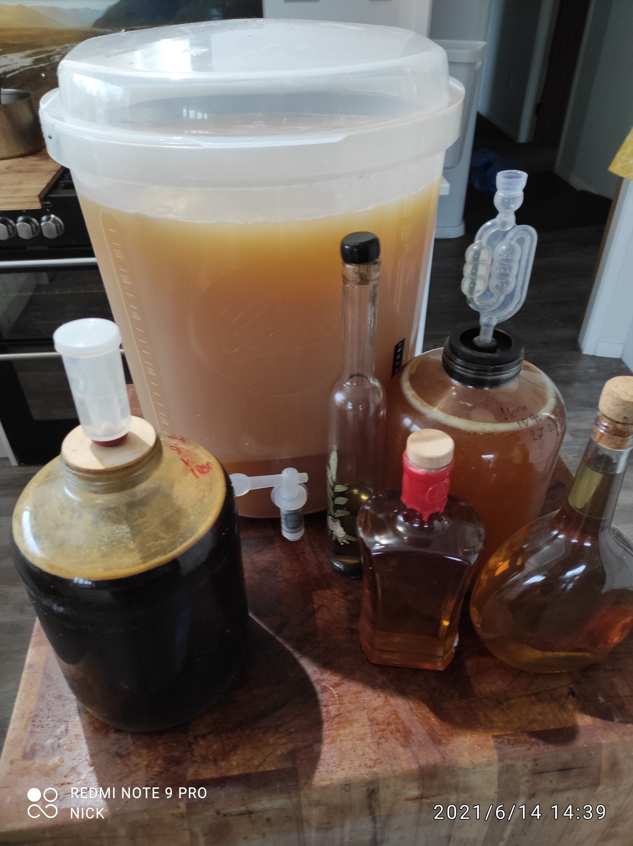 Making Mead and Honey Liqueurs - Introductory Course